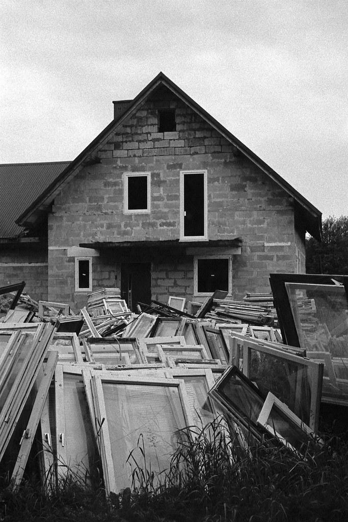 Dom z tysiącem okien / House with a thousand of windows