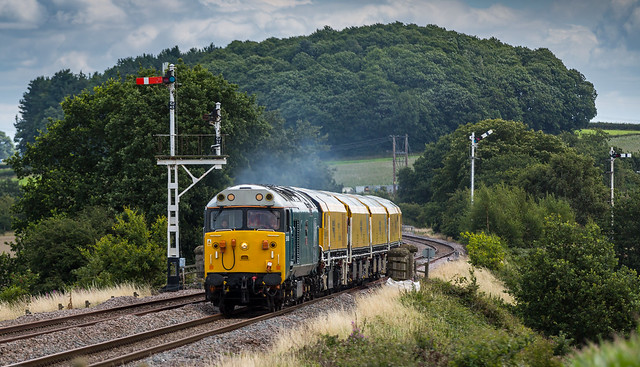 50008 at Clipstone West Junction - 04-08-2017
