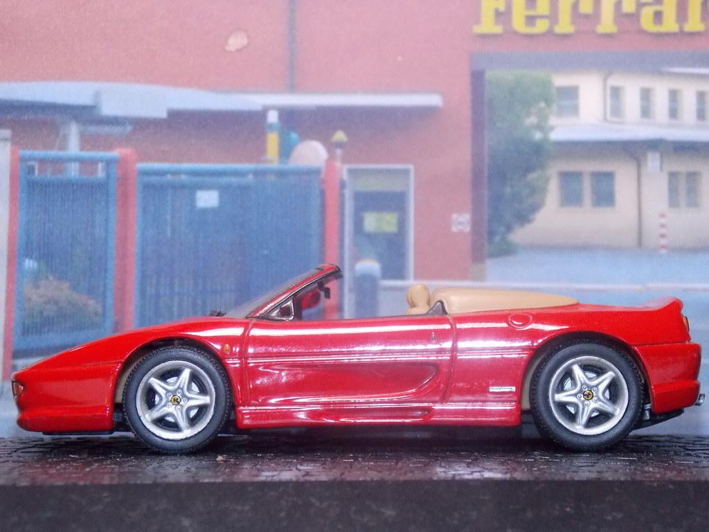 Ferrari F355 Spider - 1995