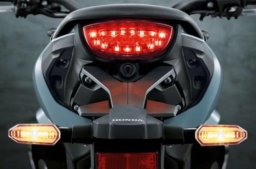 Honda-CB150R-EXMOTION-Stoplamp