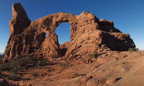 turretarch archesnationalpark utah navajosandstones arch desert sky blue