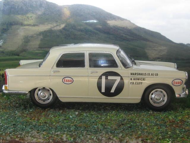 Peugeot_404_Kenya_1968_03