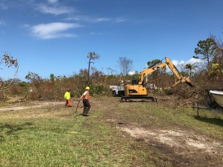 Clearing staging area | by USFWS/Southeast