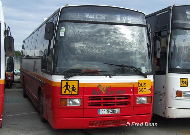 Bus Eireann PL101 (90D46016).