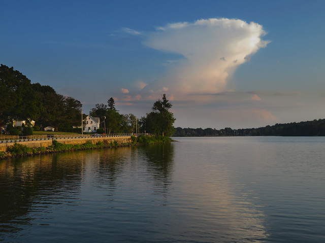 Cumulonimbus cloud POV Lake Quannapowitt; Wakefield, MA (2017)