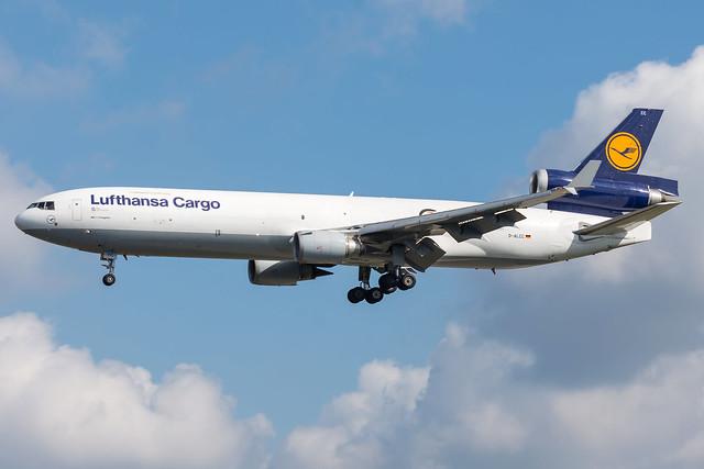 Lufthansa / MD11F / D-ALCC / EDDF 25L