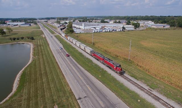 Louisville & Indiana CEFX 3807 (EMD GP38-2) Columbus, Indiana
