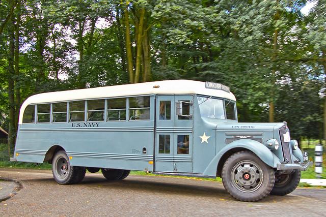 White 407 B U.S. Navy Bus 1938 (6317)