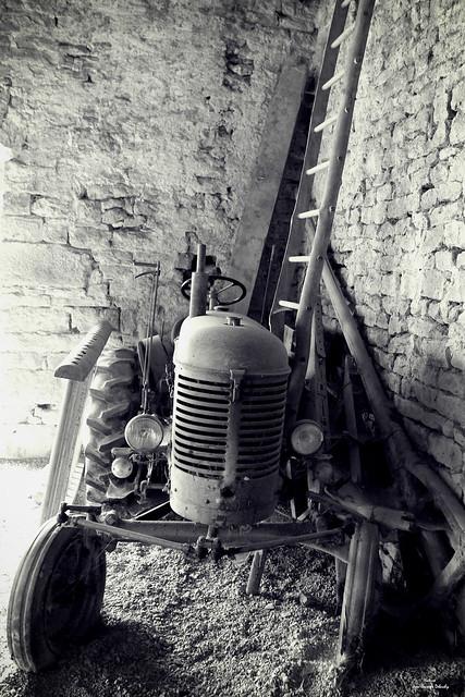 Le tracteur de mon grand père.