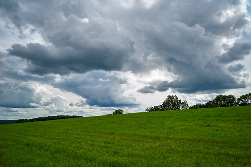 clouds landscape sky field grass dramatic hayfield captureonepro10