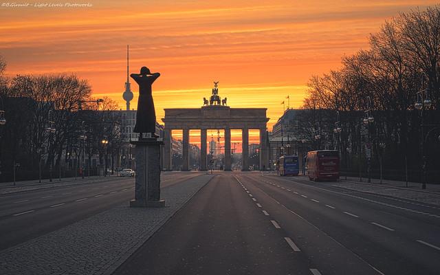 The Rufer at the Brandenburg Gate