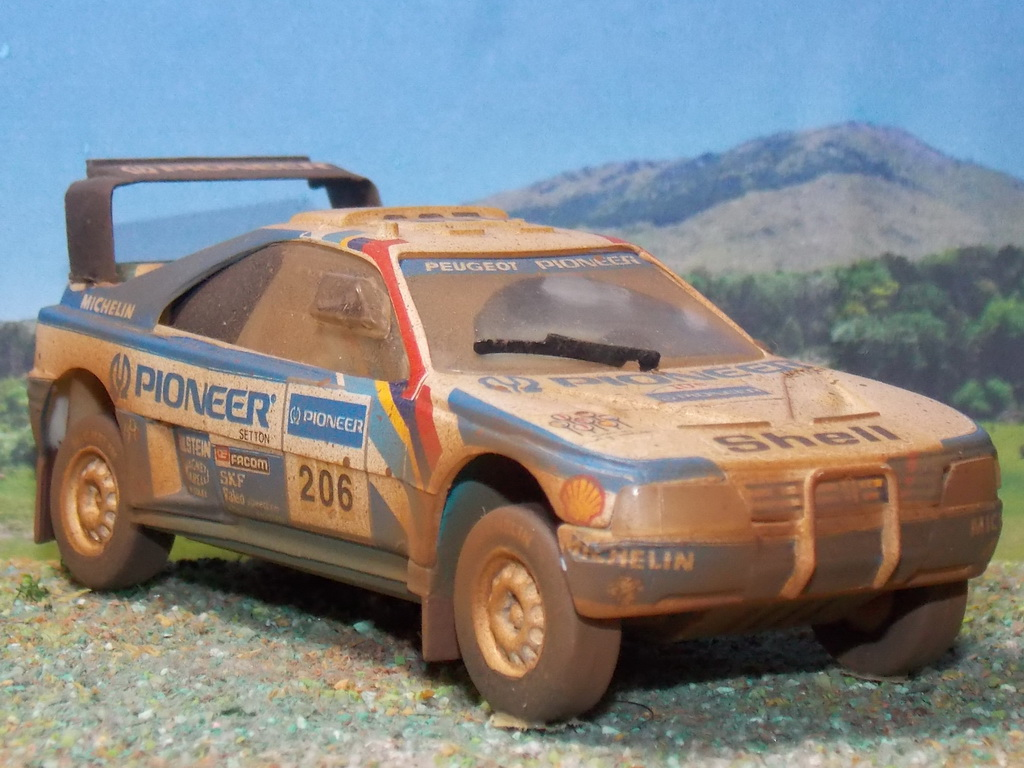 Peugeot 405 Turbo 16 – Dakar 1989