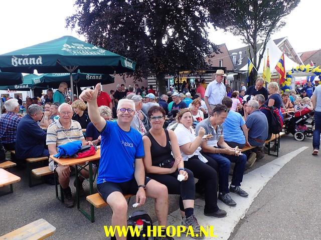 2017-08-13  4e dag    Berg & Terblijt  28 Km  (185)