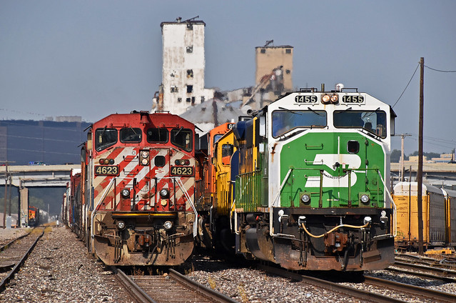BNSF and NS Trains in North Kansas City, MO