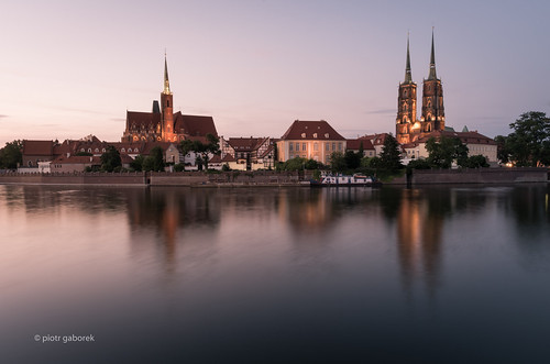 wroclaw ostrowtumski cathedral curch churches towers dusk evening twilight sunset river odra island water reflection poland silesia lower pietkagab photography pentax piotrgaborek pentaxk5ii travel trip tourism sightseeing adventure city cityscape architecture polish cathedralisland