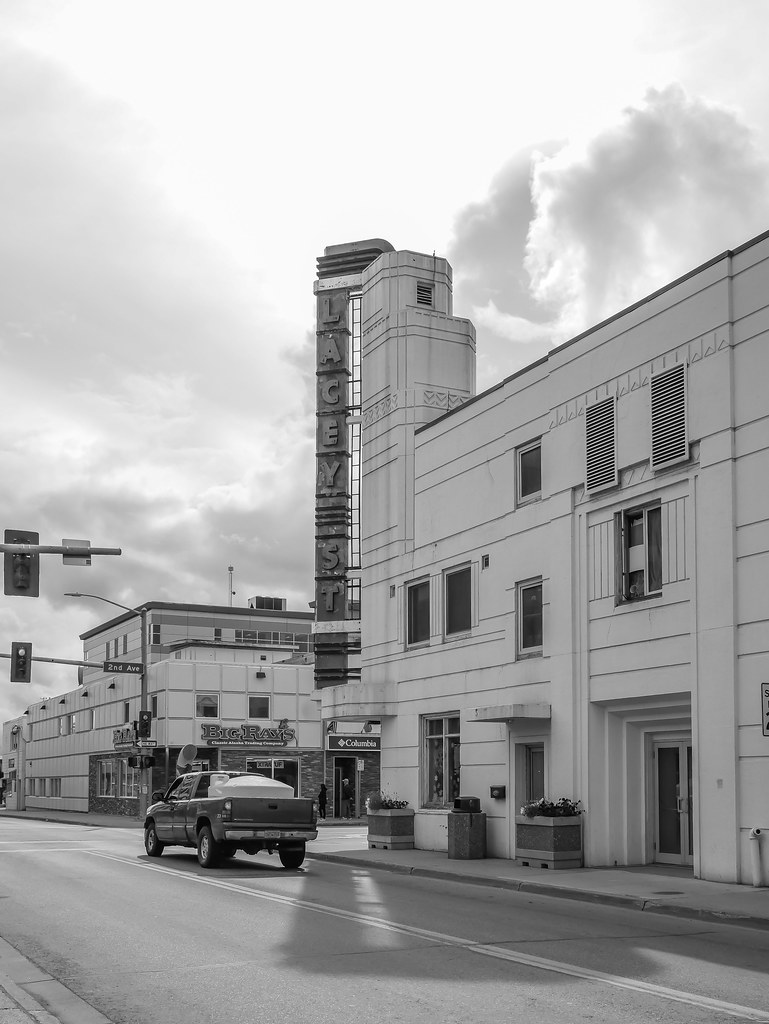 Downtown Fairbanks Afternoon Walk Shared 08172017-3