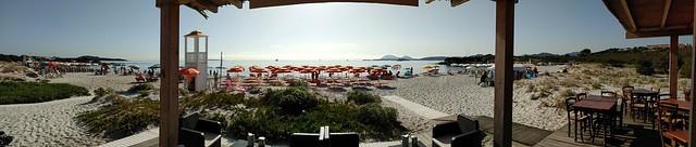 inizio agosto.... Panoramica della spiaggia rena bianca, loc. Portisco