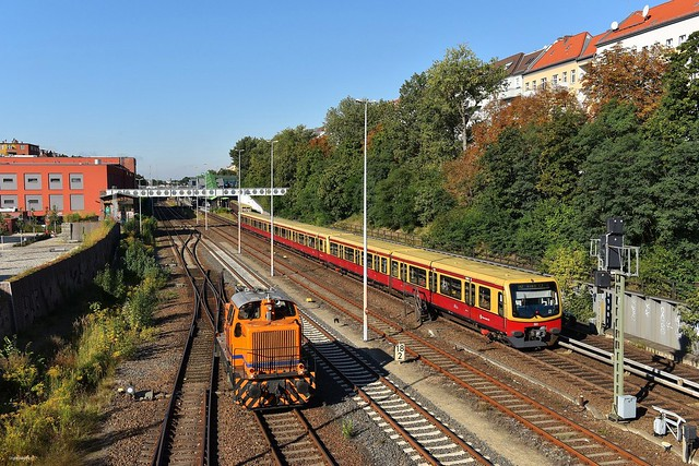 Berlin Neukölln 18.09.17 Treffen der IGB DL8 und einem 481 der Berliner S-Bahn