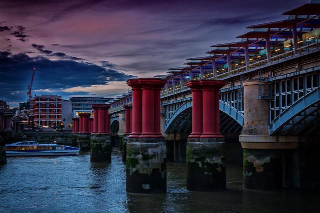 Brückenpfeiler der abgerissenen St Paul's Railway Bridge