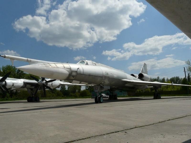 Tupolev Tu-22 KD 1