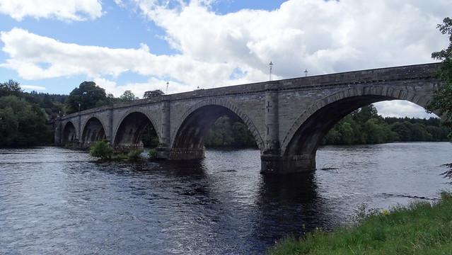 Dunkeld - most přes řeku Tay