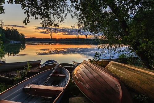 taivas luonto landscape pitkäjärvi auringonlasku pilvi laaksolahti lakeside reflection hdr vene espoo järvi outdoor aurinko boat cloud lake nature sky sun sundown sunset