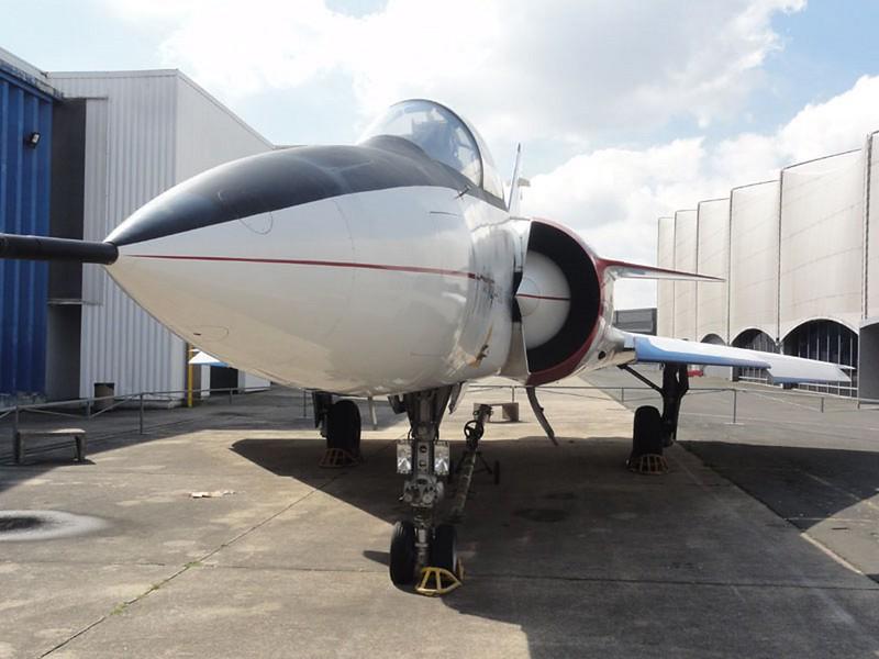 Dassault Mirage 4000 36