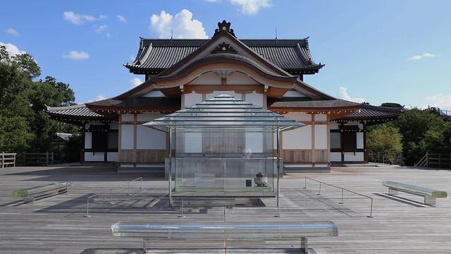 The Glass Tea House KOAN (...&M)- The Shelter of Light / Kyoto Shoren-in Temple