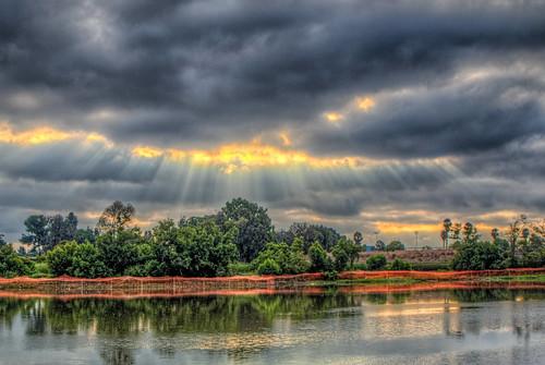 kenmalloyharborpark lakemarchado california lake water sky clouds sunrise