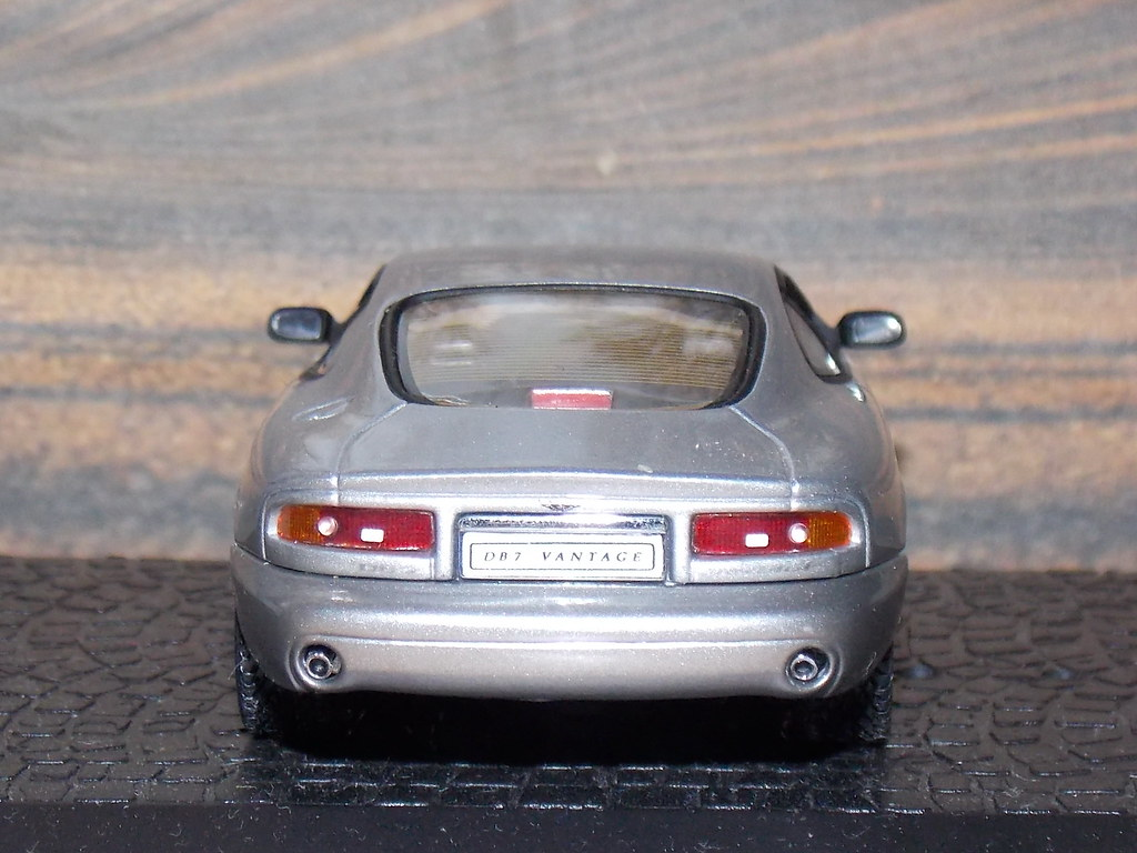 Aston Martin DB7 Vantage – 2003
