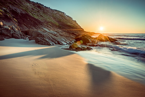 holidays summer sunrise sunset australia blueybeach water newsouthwales sea
