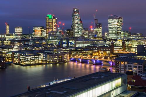 London | by barnyz
