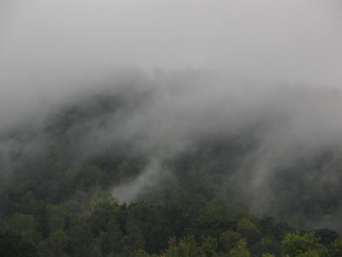 erwin tennessee mountain mist rain hills nature