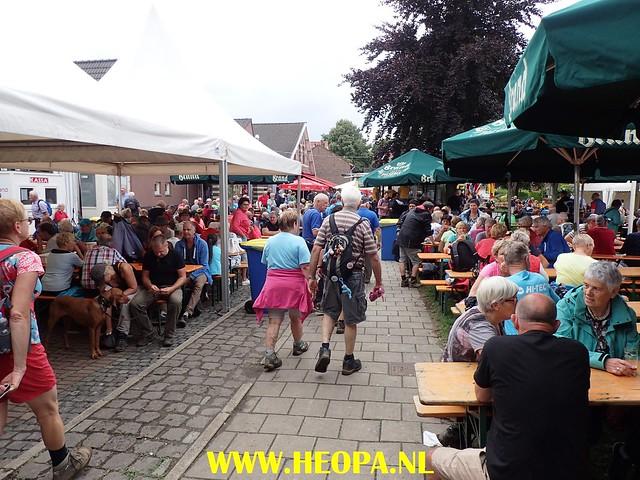 2017-08-11   2e dag  Berg & Terblijt   28 Km  (138)