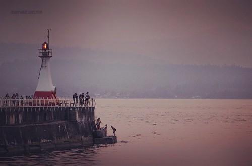 lighthouse pink tamronlens nikond810 nikon jeanmarieshelton jeanmarie landscape breaker sunset summer shore