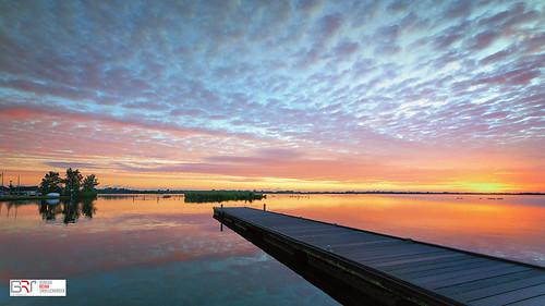 reinasmallenbroek canonnederland samyang14mmf28ifedumcaspherical leekstermeer cnossen steiger jetty zonsopkomst sunrise water reflection