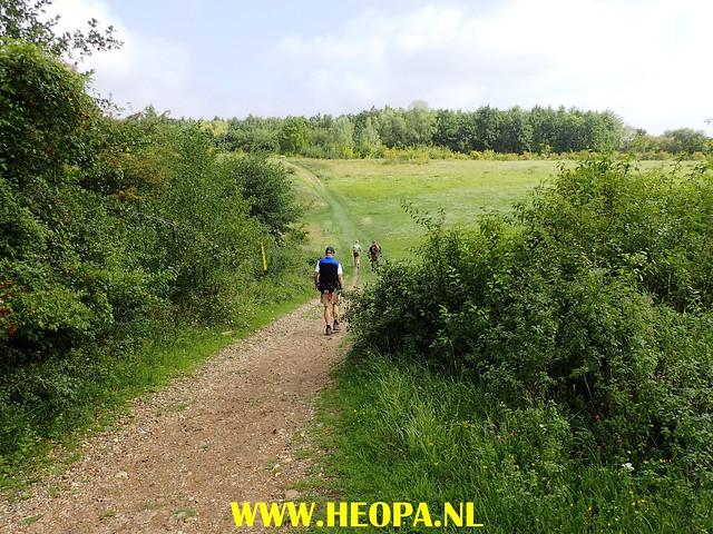 2017-08-13  4e dag    Berg & Terblijt  28 Km  (105)