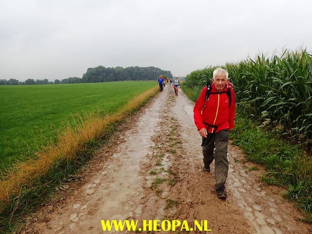 2017-08-10    1e dag   Berg & Terblijt   42 Km   (88)