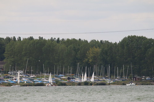 High and dry! - Grafham Water sailing club