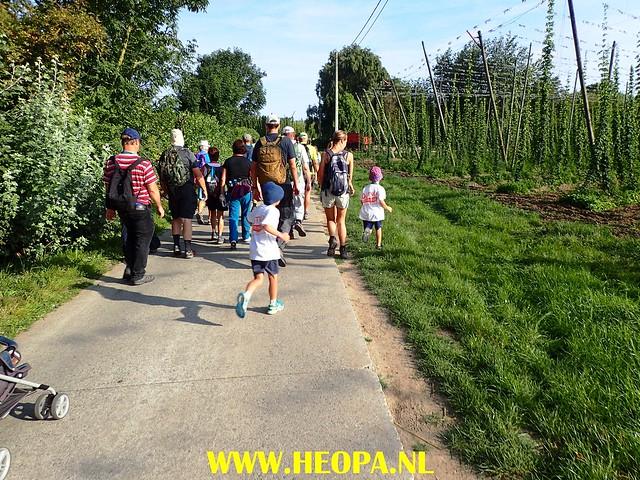 2017-08-24                     Poperinge            3e dag  35 Km     (22)