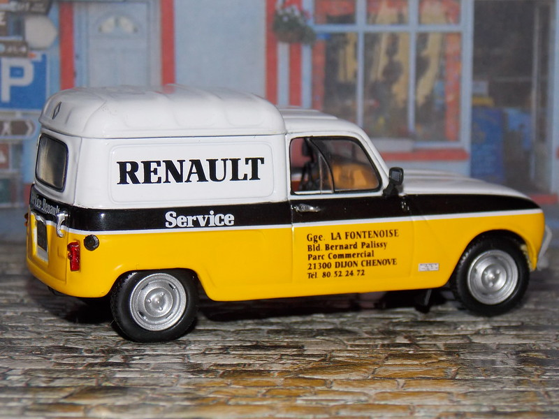 Renault 4 Fourgonnette F4 – 1981 – Service Renault