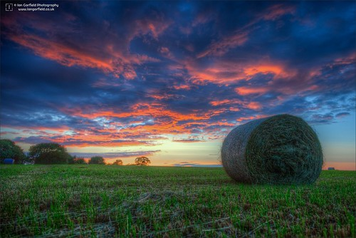 hdr golden hour blue sunset wolverhampton hay bale landscape ian garfield photography country high dynamic range