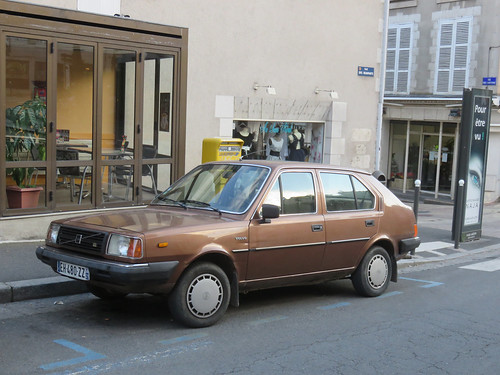 Volvo 345 GL | by Spottedlaurel