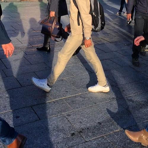 👞&✋️ #Paris #ParisSaintLazare #RouenParisRouen