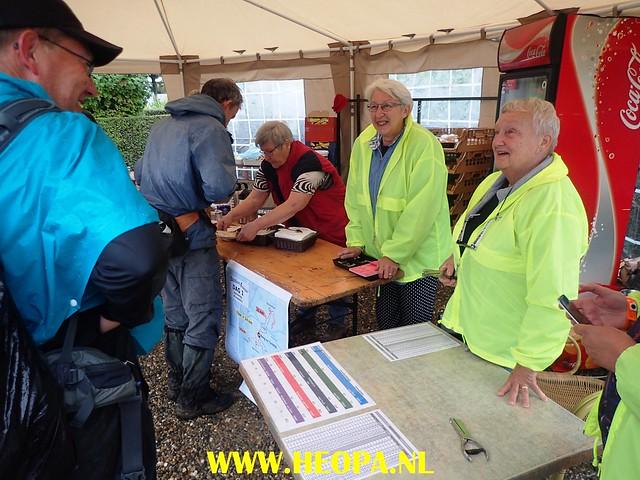 2017-08-10    1e dag   Berg & Terblijt   42 Km   (48)