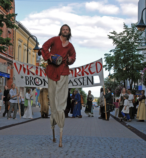 We market the market with a parade in Kristiansand's paradegate field.