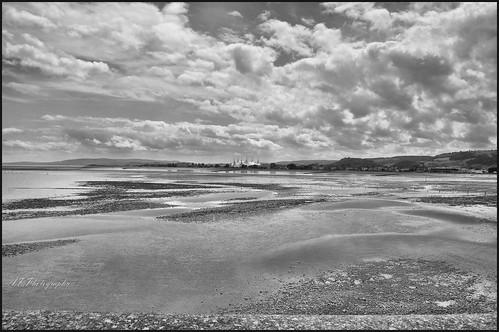 butlinsminehead mineheadbeach somerset seaviews sand sea sky nikond7000 nikon18200lens blackwhite views