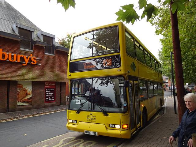 Yellow Buses X38 at Ringwood Meeting House Lane 2017/09/25