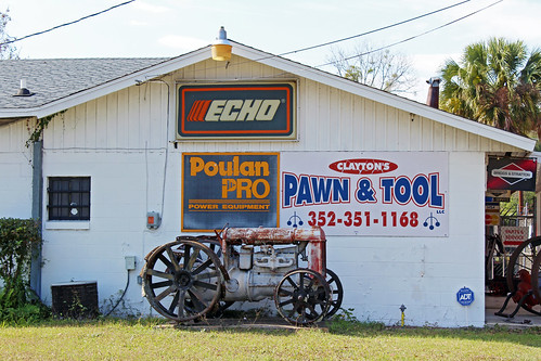 commercialbuilding pawnshop signage signs tractor ocala florida