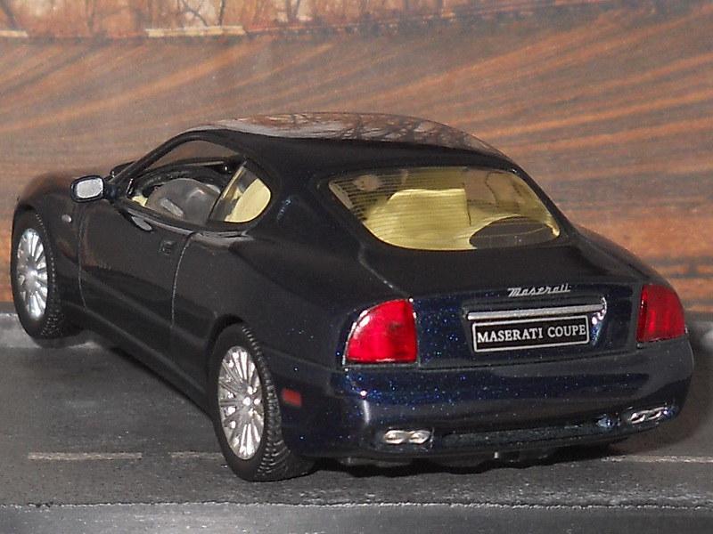 Maserati Coupé - 2002